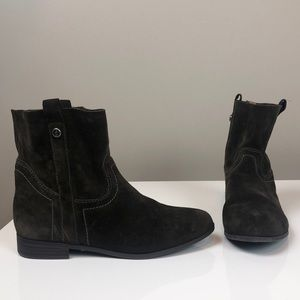 Frye & Co Sarah Shortie Genuine Suede Pull On Boot